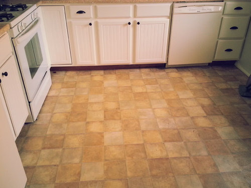 hardwood or tile in kitchen ?