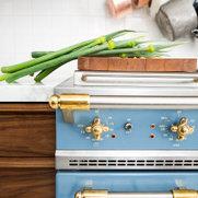 Foto di Distinctive Kitchens