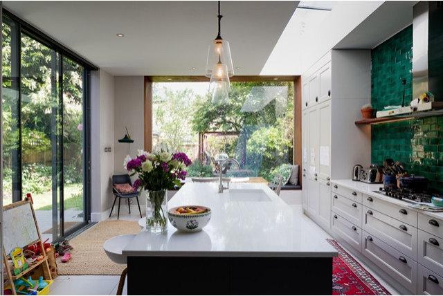 Contemporary Garden by Tracey Parker Landscape Design Ltd