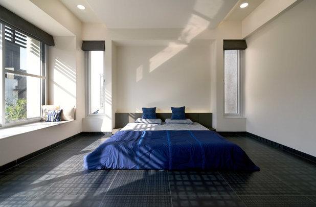 Modern Bedroom by STUDIO YAMINI