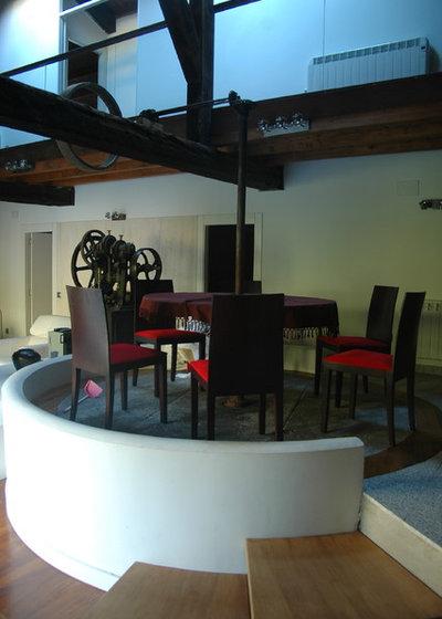 Contemporary Dining Room by Huidobro-Martin arquitectos