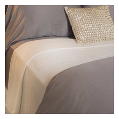 100% Rayon Bamboo Bed Blankets, White, Queen
