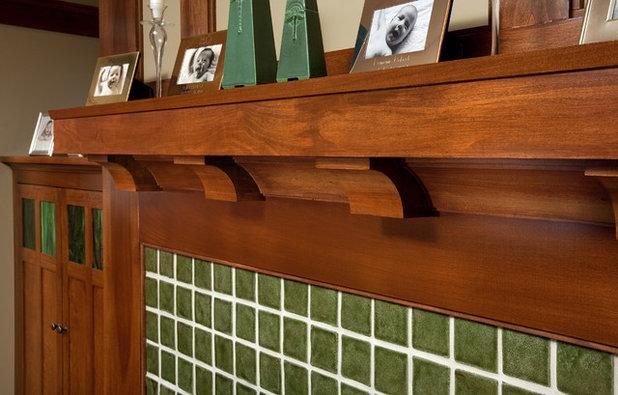 Craftsman Family Room by Melaragno Design Company, LLC