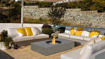 Large selection of designer fire pits, bowls and tables