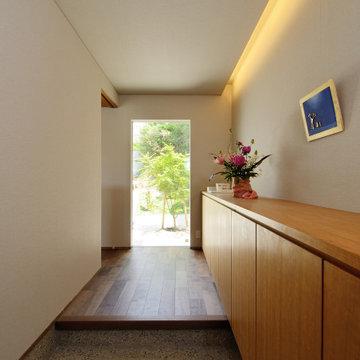 起間の家(豐田市)玄関ホール