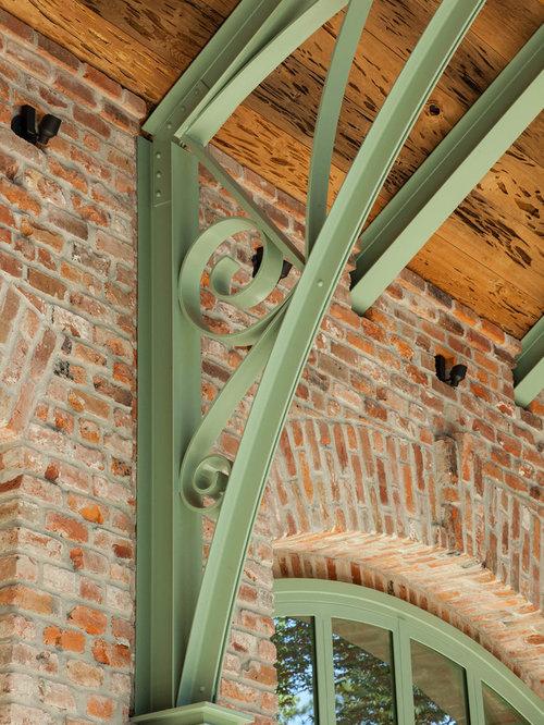Vérandas et verrières industrielles avec un plafond en verre ...