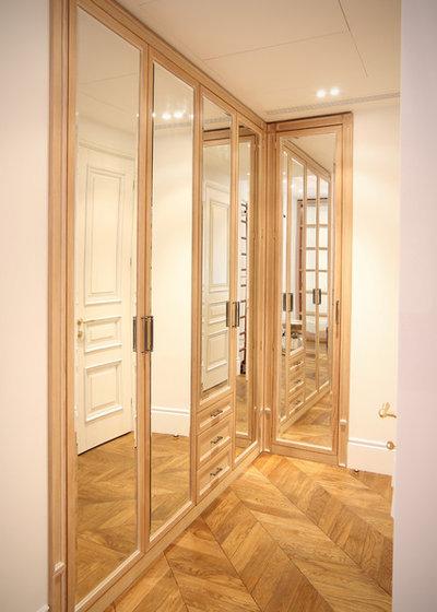 Спальня by Студия авторской мебели Александра Лакидона