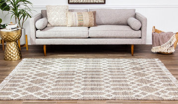 Up to 80% Off Oversized Area Rugs
