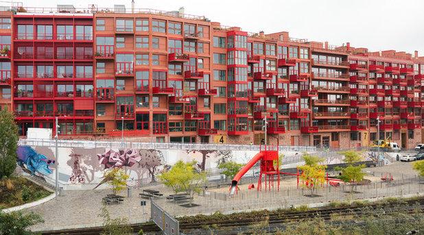 Houzzbesuch: Modernes Penthouse im roten Beton-Riegel von Berlin