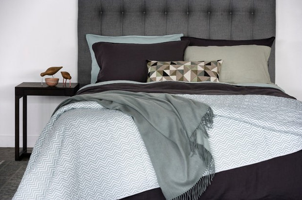 Contemporary  Coco Throw in Seafoam