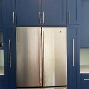 Foto de Premium Interiors - Custom Cabinets & More