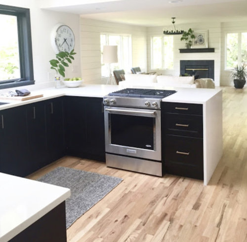 Red Oak Floor Install Neutral Pale