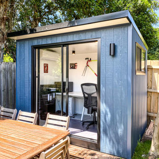 This is an example of a contemporary shed and granny flat in Melbourne.