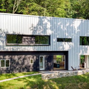 Crystal Lake Residence
