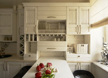 love the cabinets who makes them? where can i find them?