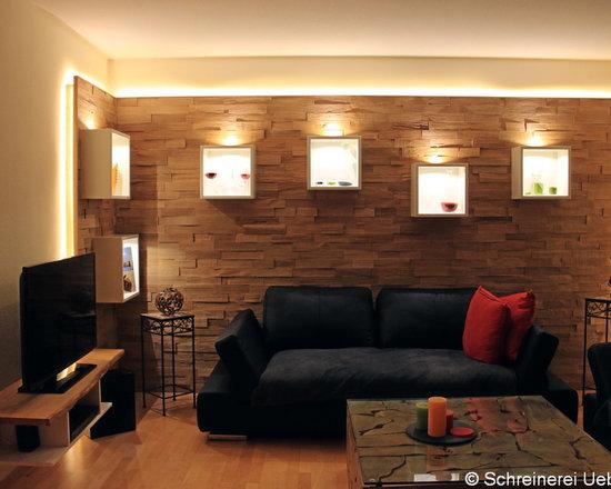 SaveEmail Wohnzimmer Mit Wandverkleidung In Spaltholz Eiche