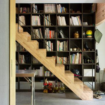 二層分の大容量の本棚