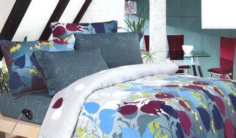 Vibrant dorm sheet sets