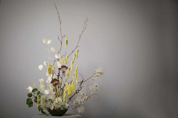 Asiatique  by Ann Verborg
