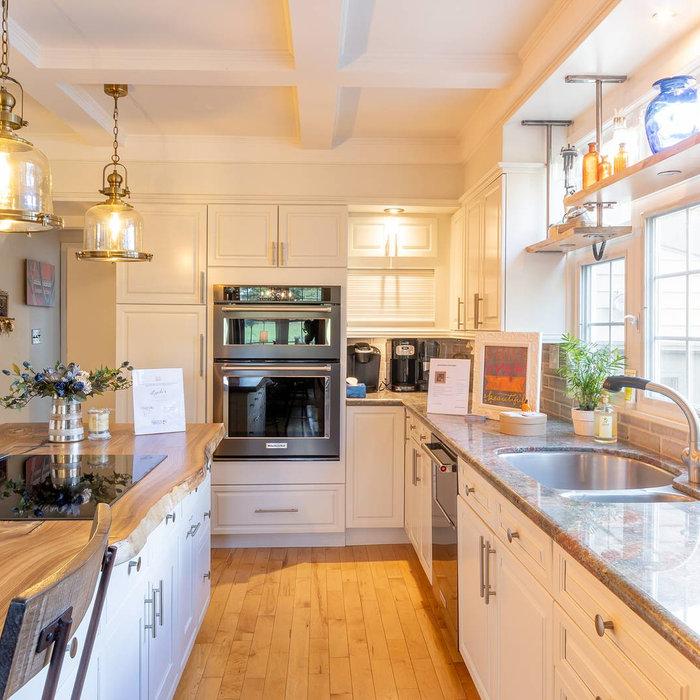 Kathleen Home Tour - Kitchen