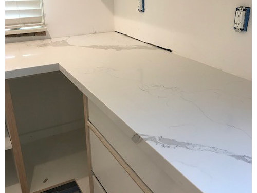 quartz countertop seams pure white quartz please comment below on your thoughts thanks need opinions good seam or bad quartz countertops