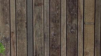decorative boundary timber fence