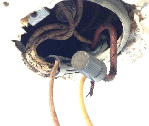 replacing light fixture old wires rh houzz com Old Home Wiring No Ground Old 2Wire Wiring