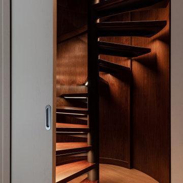 Дом с потайной лестницей