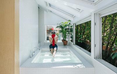Houzz Tour: Afslappet penthouse-lejlighed – med pool midt i stuen