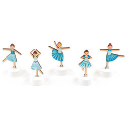 Contemporary Holiday Accents And Figurines by DESIGN IDEAS