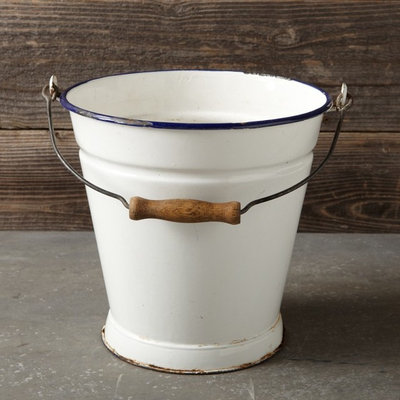 Modern Outdoor Products by Williams-Sonoma