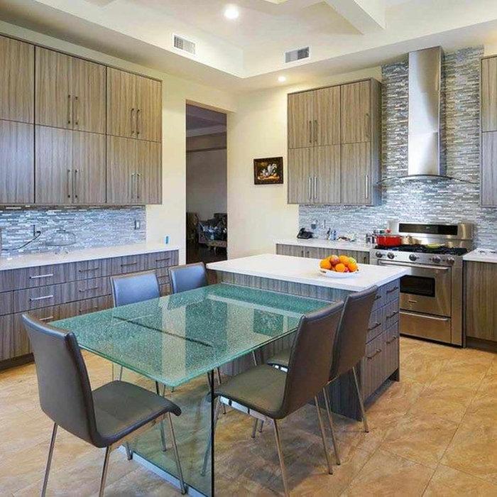 Modern brand new kitchen in Beverly Hills