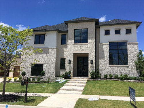 What Stucco Color With White Hillstone Brick