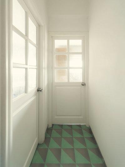Corridor by ravi vazirani design studio