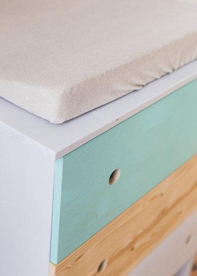 Ikea Hack Tarva Kommode Wird Zum Farbenfrohen Wickeltisch