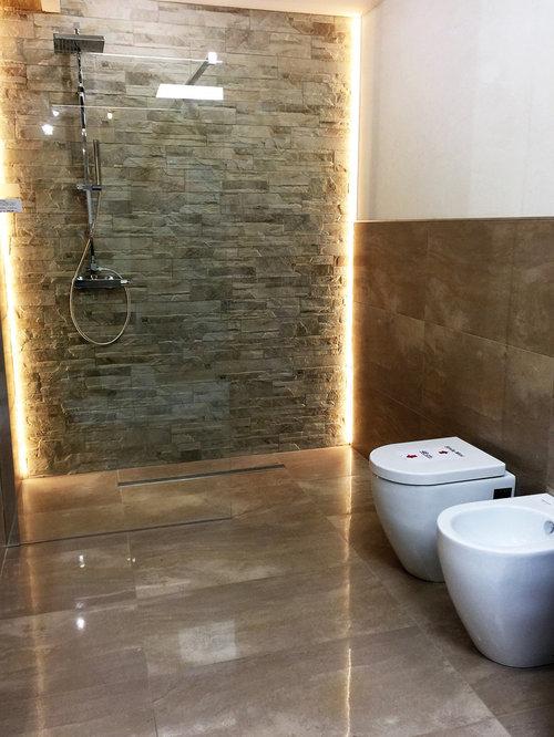Arredo bagno - realizzazioni sala mostra - Shower Stalls And Kits