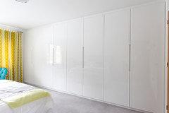 Push-to-open mechanism on large IKEA wardrobe doors?