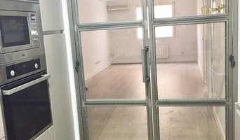 Puerta industrial acceso cocina
