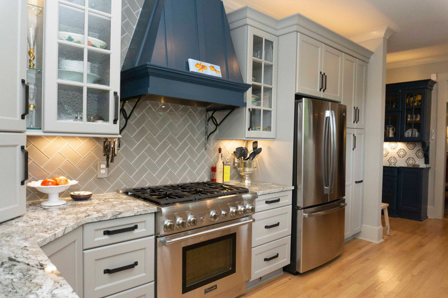 Antique iron corbels with Range hood