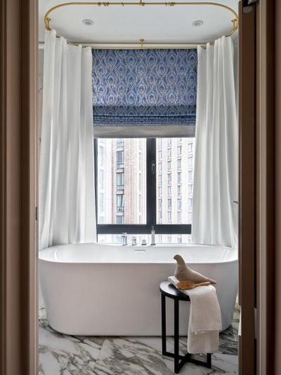 Неоклассика Ванная комната by Наталья Вершинина | Photography