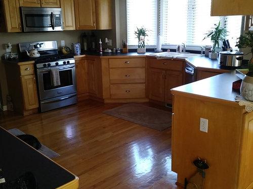 White or Espresso Kitchen Cabinets