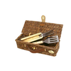 Picnic & Beyond - Willow Barbecue Basket - Grill Tools & Accessories
