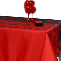 My Jolie Home   Red/Black Flower Tablecloth, 118x58   Tablecloths