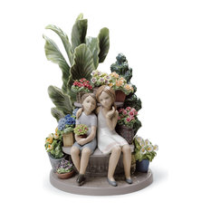 Lladro Secrets In The Park Figurine