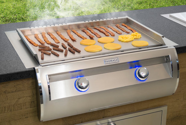 Why Smaller, Tech-Savvy Grills Were Big At Dallas Expo