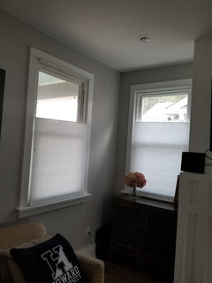 inside mount blinds shallow window window frame the headrail does extend out but the installer had enough space to mount bracket if become overly bothered ill have cornice hide it need help with shallow 12 depth window window treatment ideas