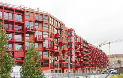 Modernes Penthouse im roten Beton-Riegel von Berlin