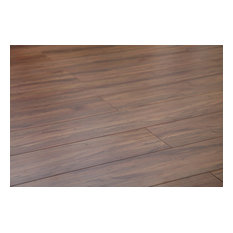 Dekorman Ridge AC3 Laminate Flooring, 17.68 Sq. ft., Rustic Oak