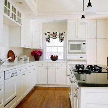 White Shaker Kitchen Cabinets Home Design