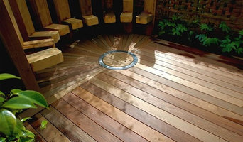 Circular deck and firepit